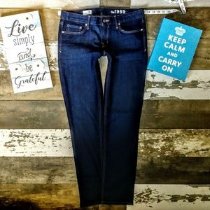 Gap Jeans Size 29X33 Real Straight Leg Fit NWOT